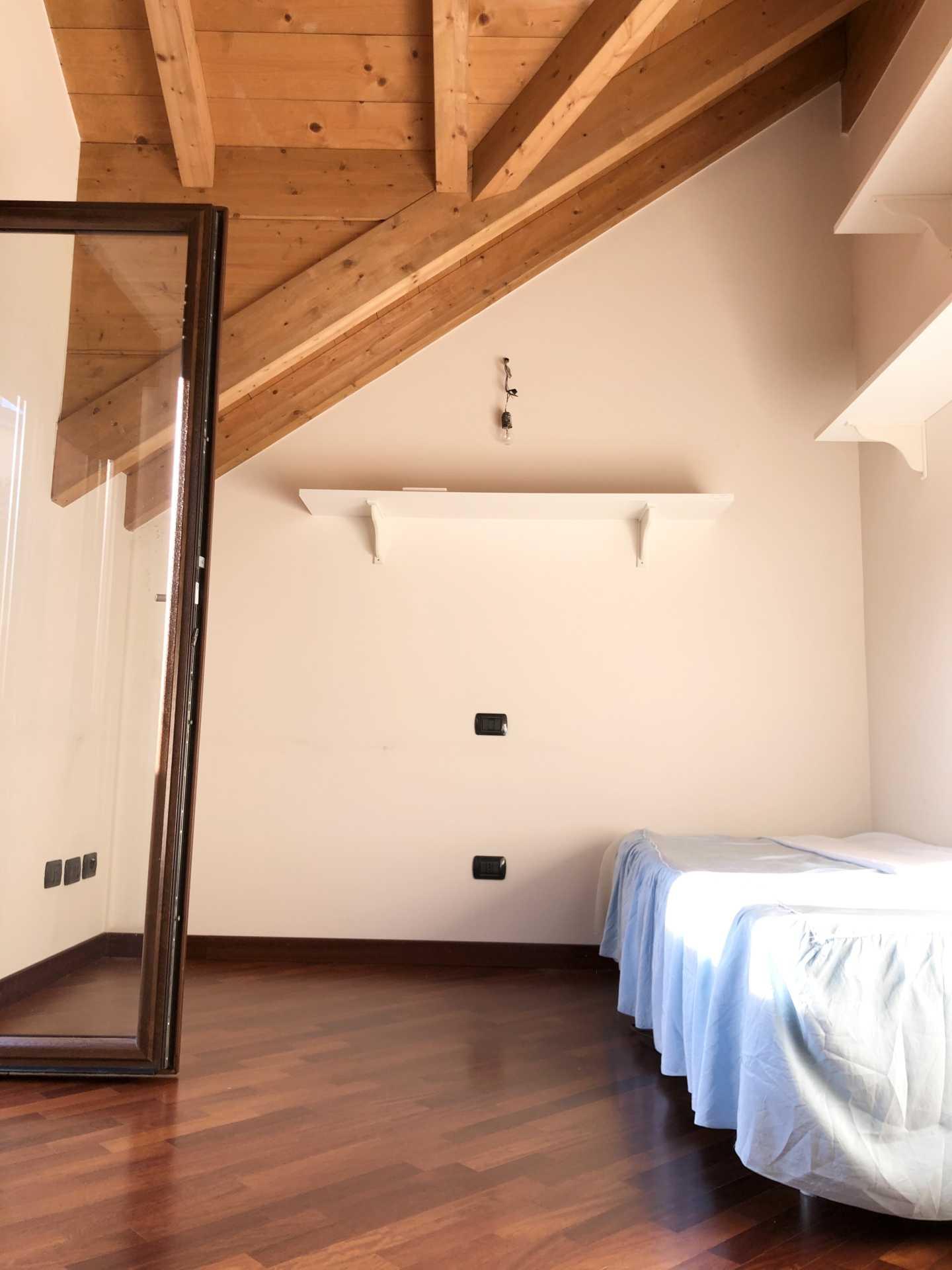 4-locali-con-terrazzo-in-vendita-a-San-Giuliano-Milanese (2)