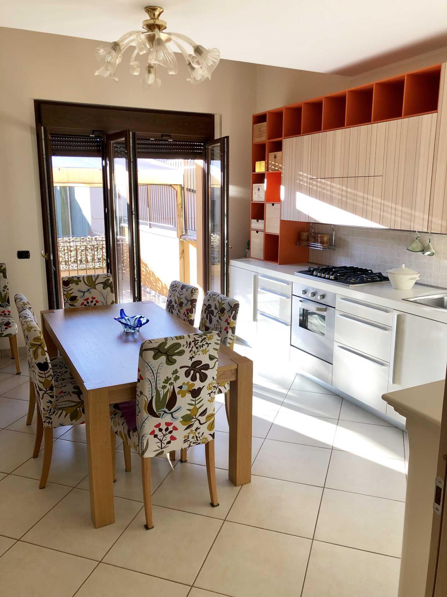 casa con terrazzo in vendita ultimo piano (5)