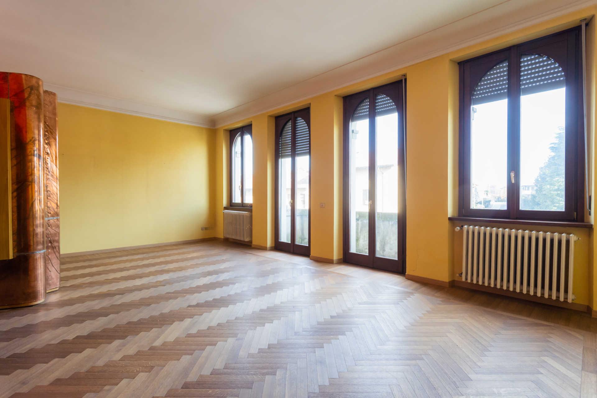 Casatenovo-vendita-Palazzina-con-terreno (13)
