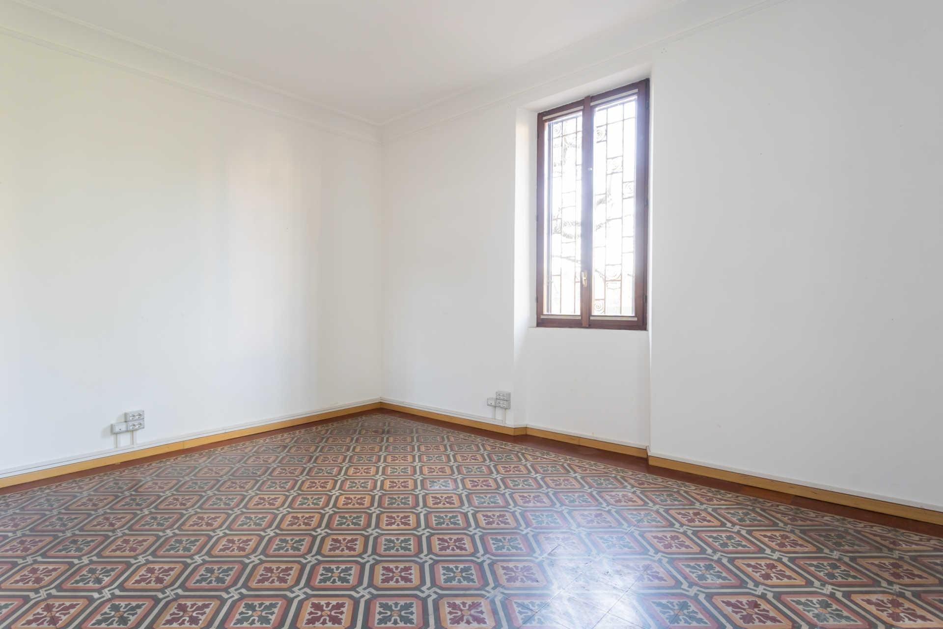 Casatenovo-vendita-Palazzina-con-terreno (2)