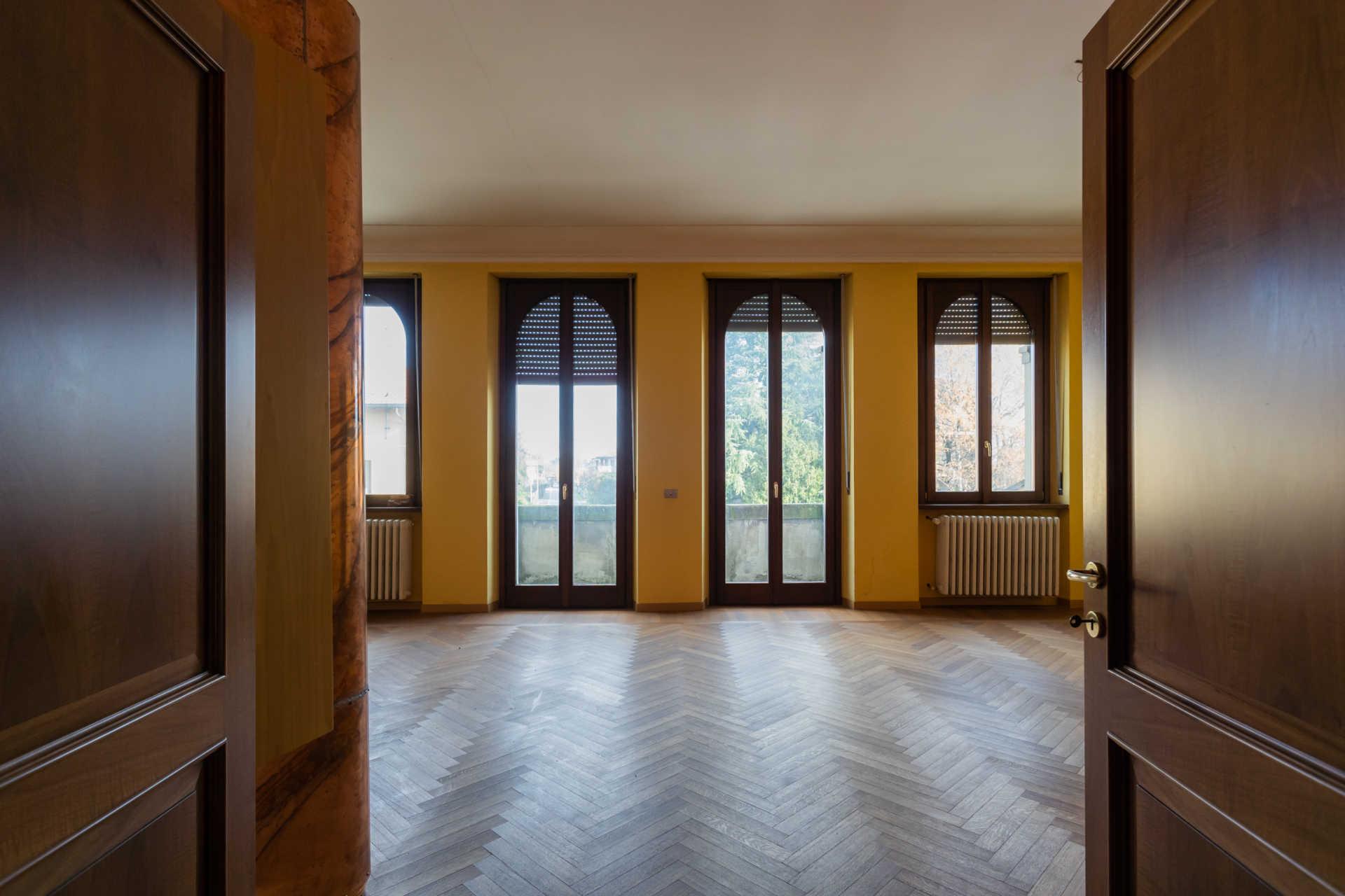 Casatenovo-vendita-Palazzina-con-terreno (21)