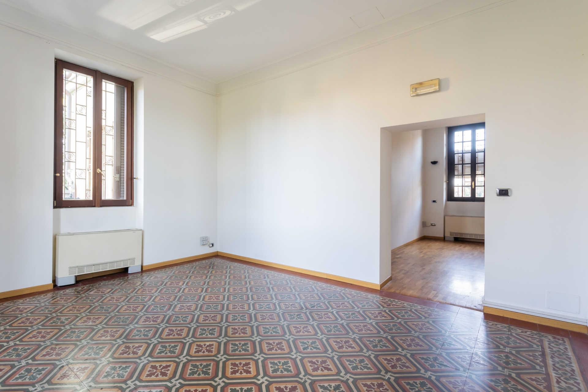 Casatenovo-vendita-Palazzina-con-terreno (4)