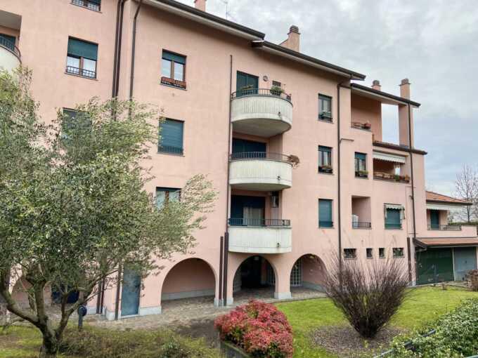 Busnago-appartamento-in-vendita-bilocale-agenzia- immobiliare-casaestyle