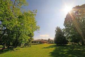 Casatenovo-villa-con-parco-in-vendita