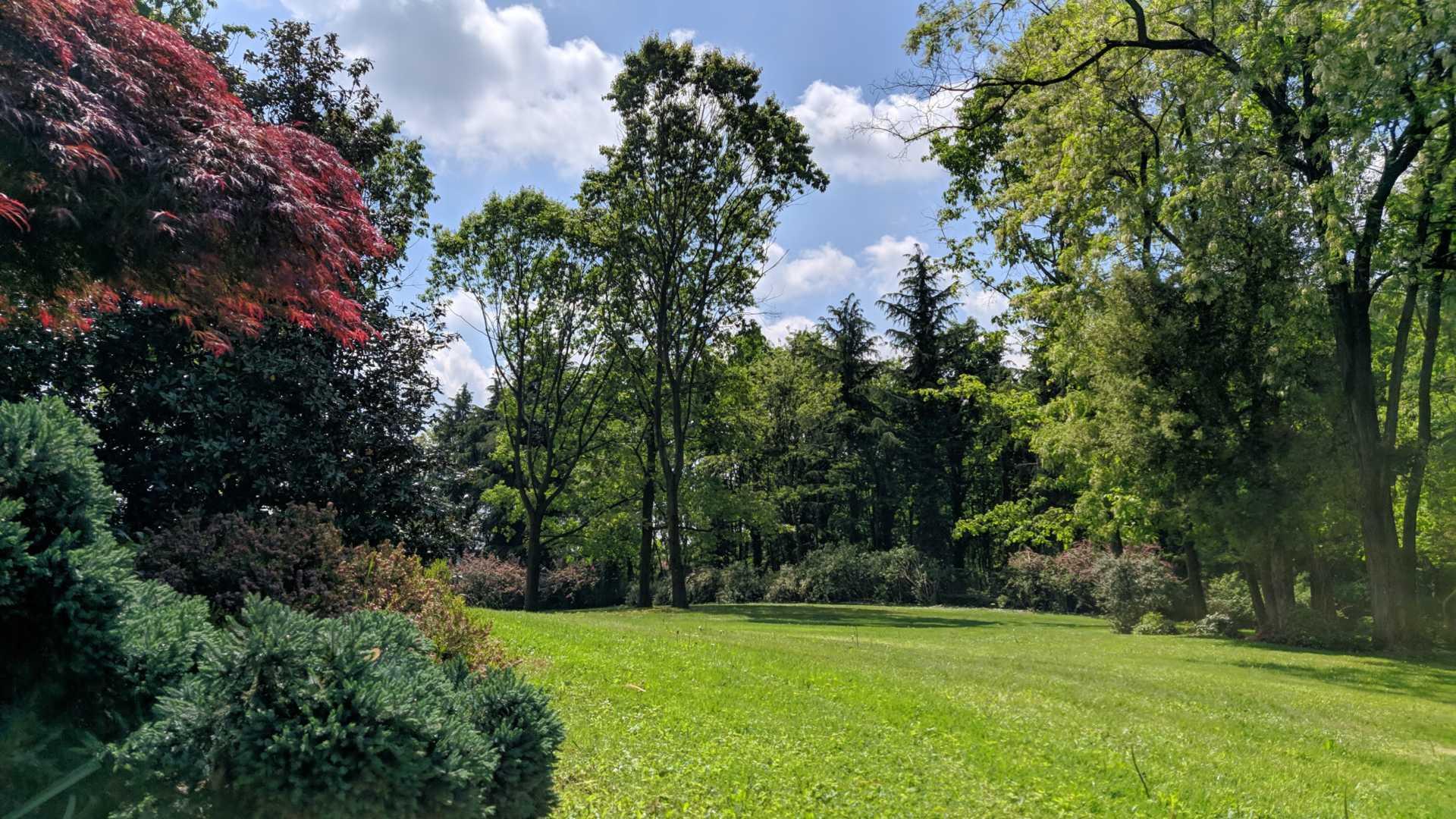 Casatenovo-villa-con-parco-in-vendita (35)