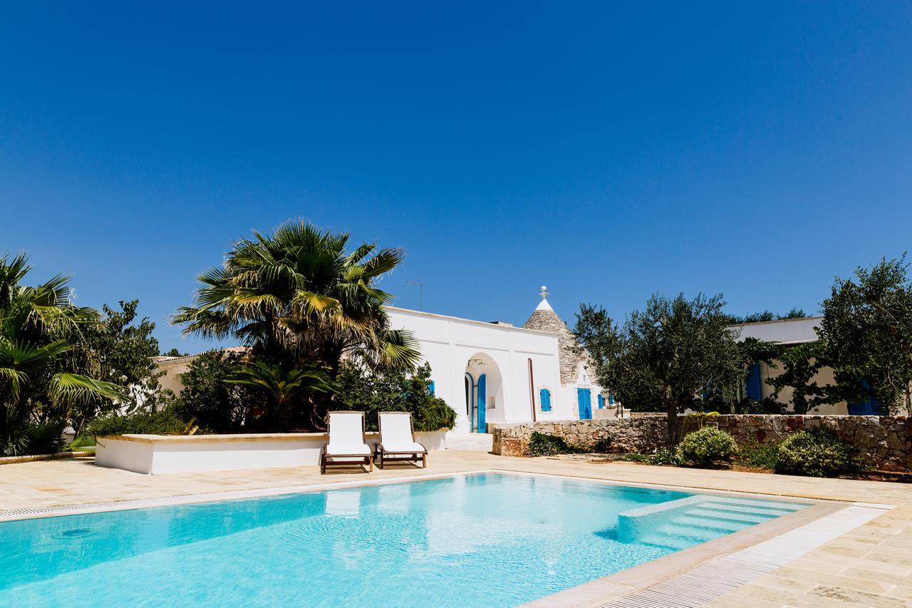 Puglia-vendita-Villa-con-Trullo-e-piscina (24)