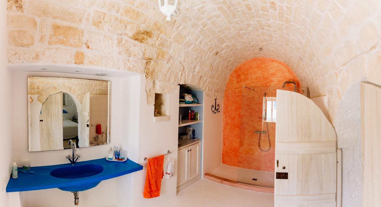 Puglia-vendita-Villa-con-Trullo-e-piscina (8)