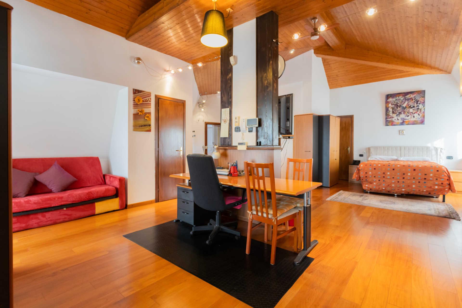 Villa-in-vendita-a-Cernusco-Lombardone (2)