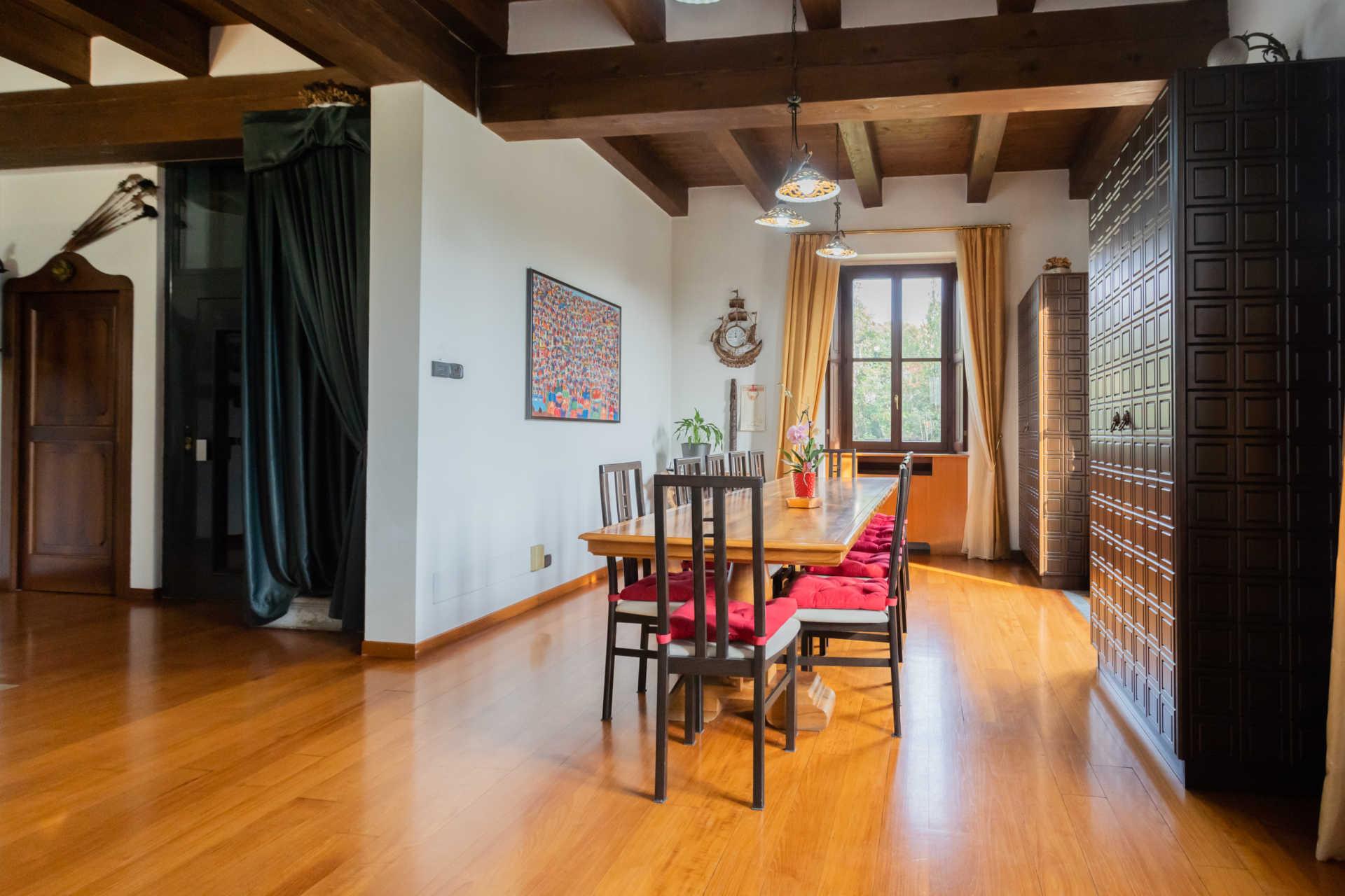 Villa-in-vendita-a-Cernusco-Lombardone (32)
