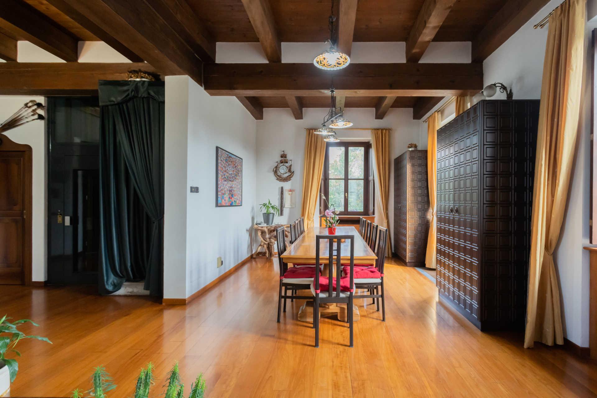 Villa-in-vendita-a-Cernusco-Lombardone (40)