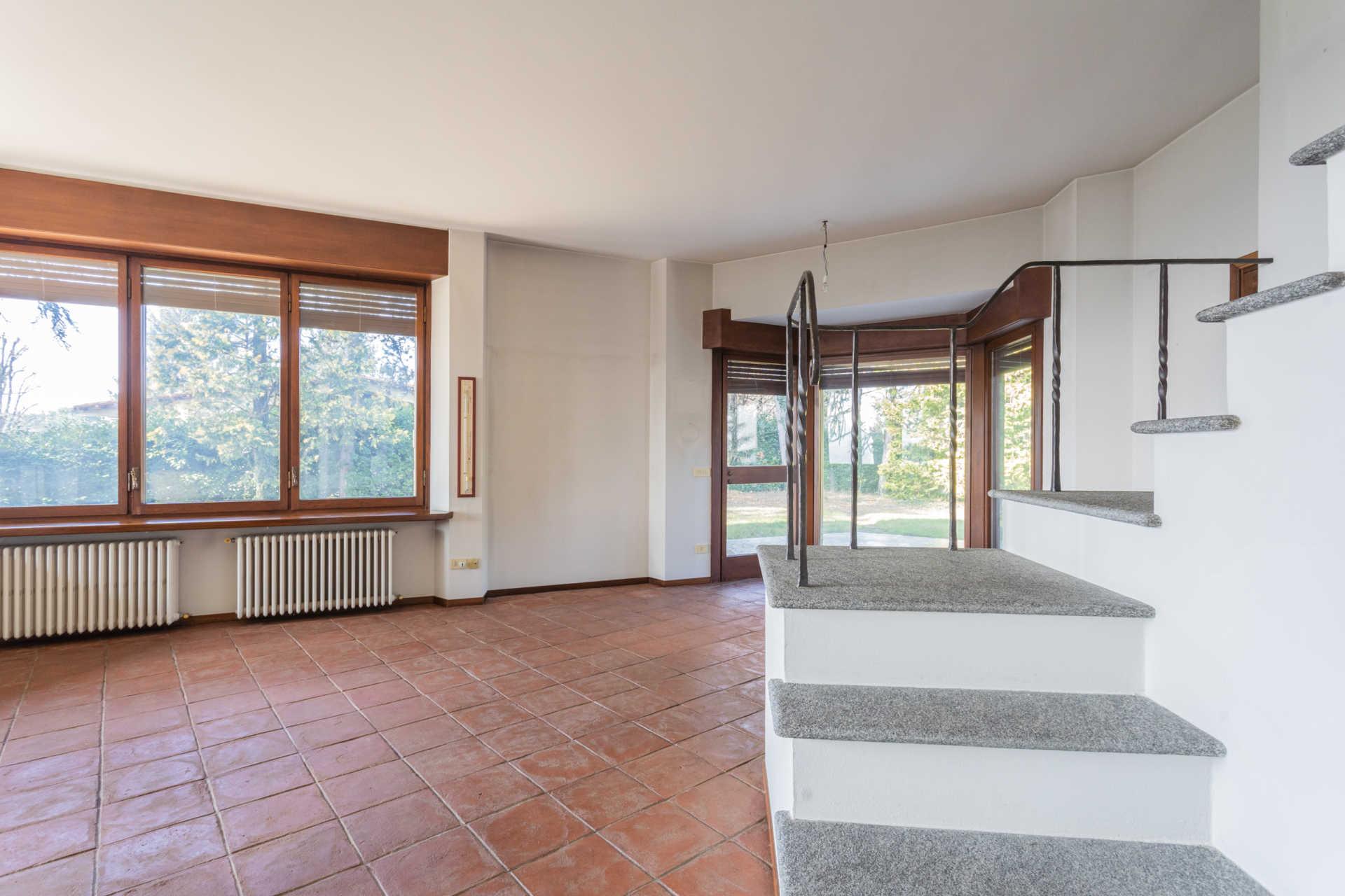 Villa-singola-Carate-Brianza-in-vendita (25)