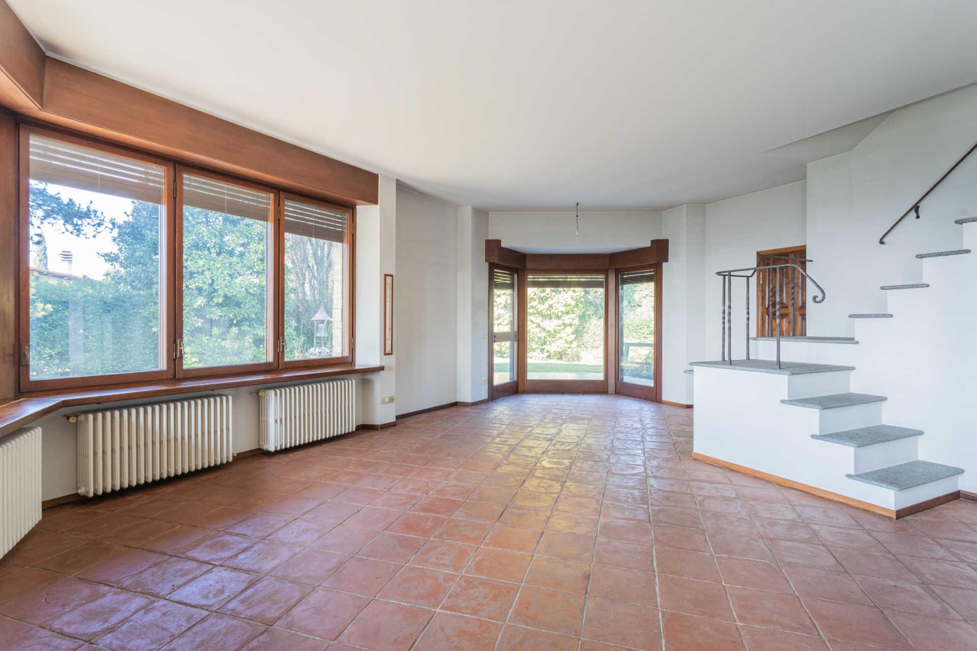 Villa-singola-Carate-Brianza-in-vendita (27)