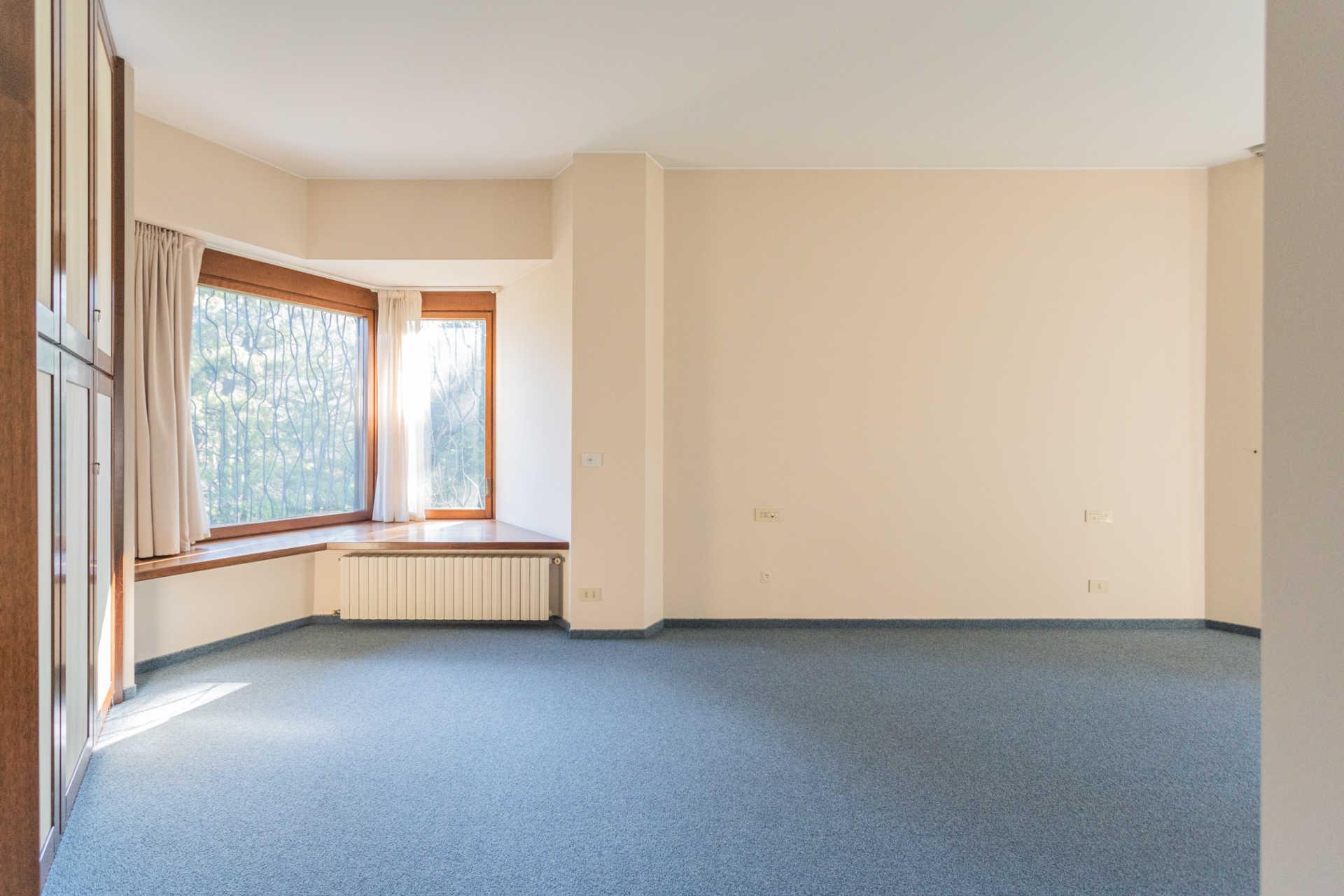 Villa-singola-Carate-Brianza-in-vendita (34)