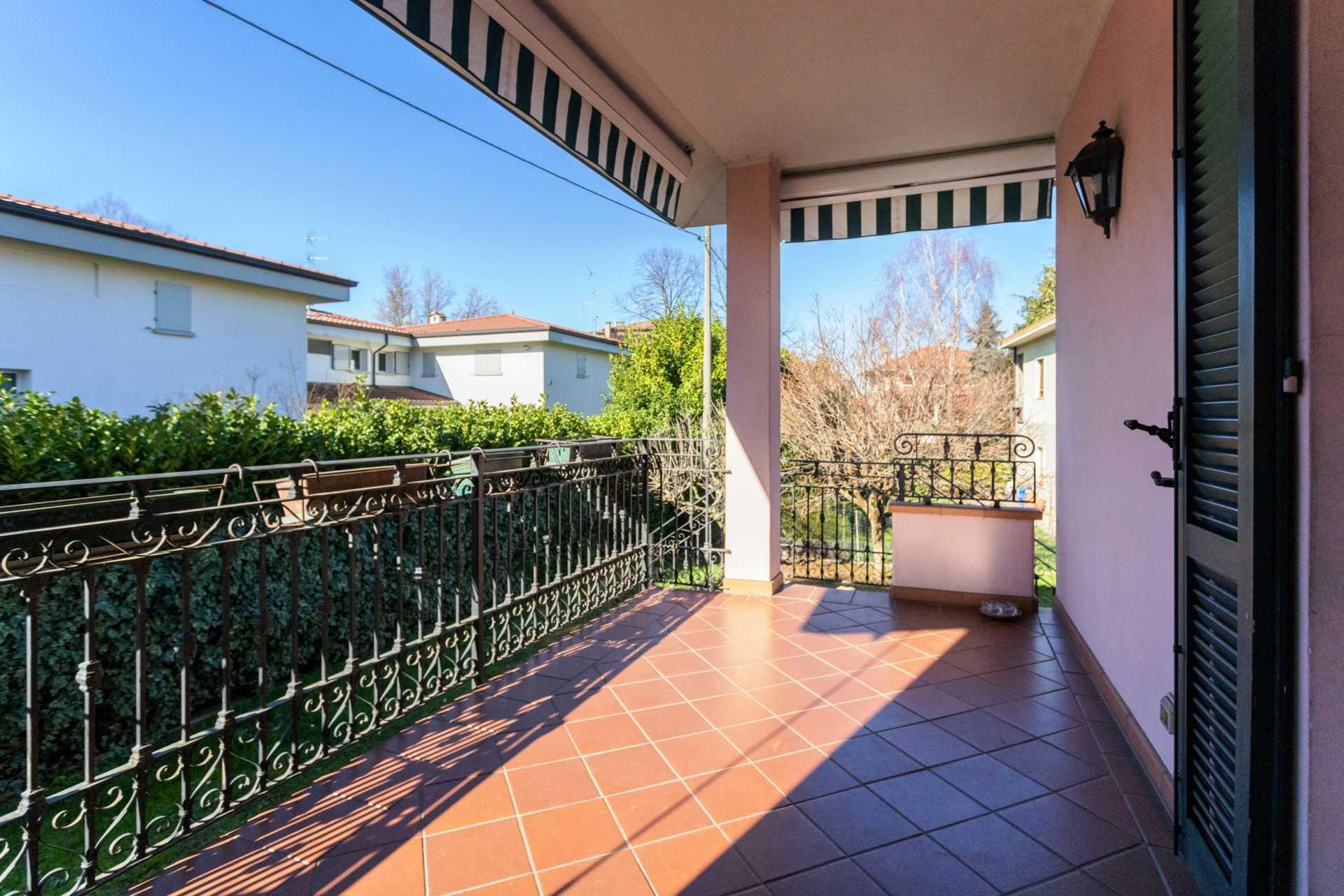 Cornate-d-Adda-vendita-villa-singola (47)