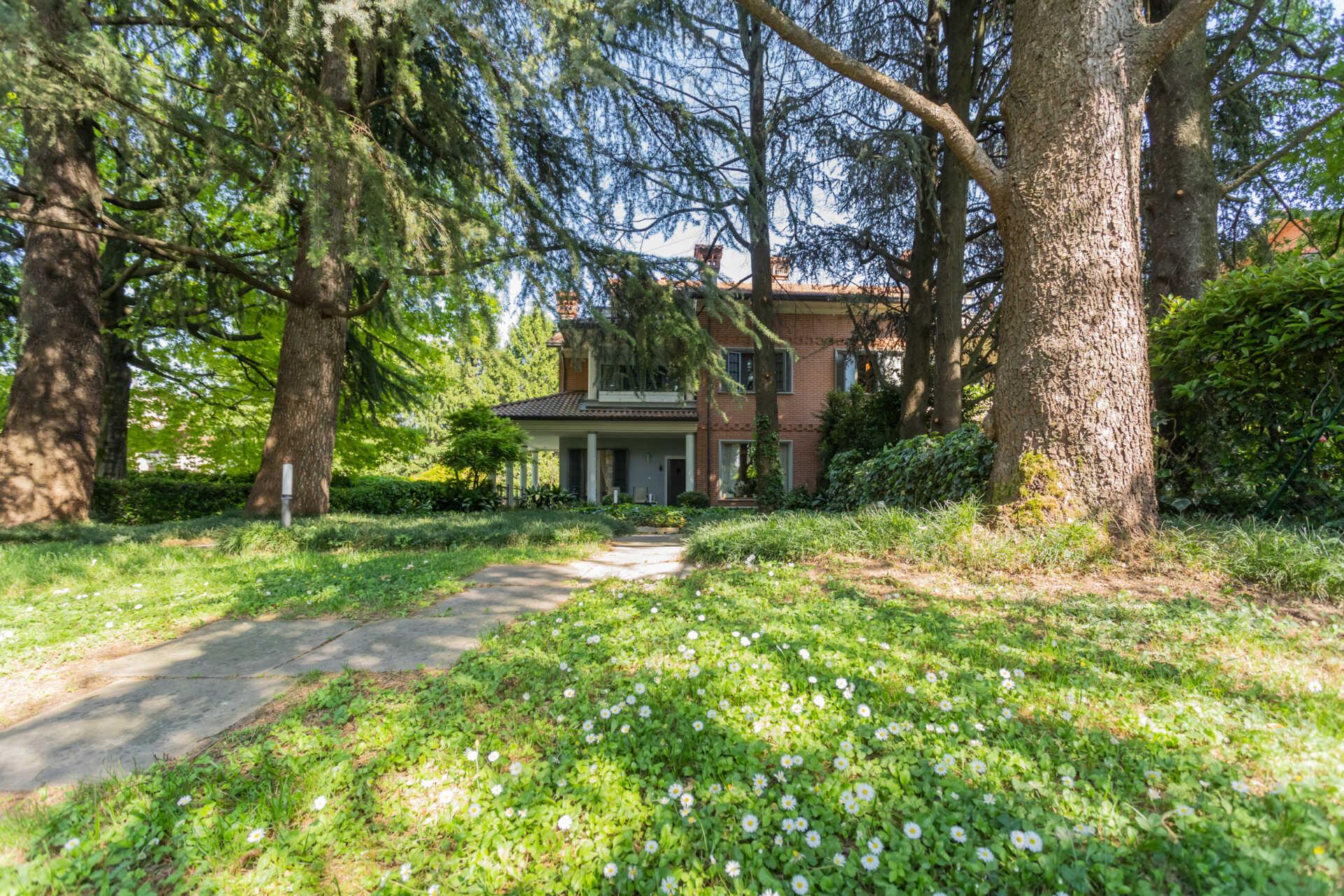Agrate-Brianza-villa-in-vendita (14)