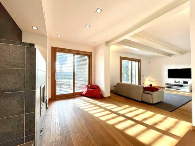 villa-in-vendita-a-merate-agenzia-immobiliare-milano-e-brianza-casa-e-style
