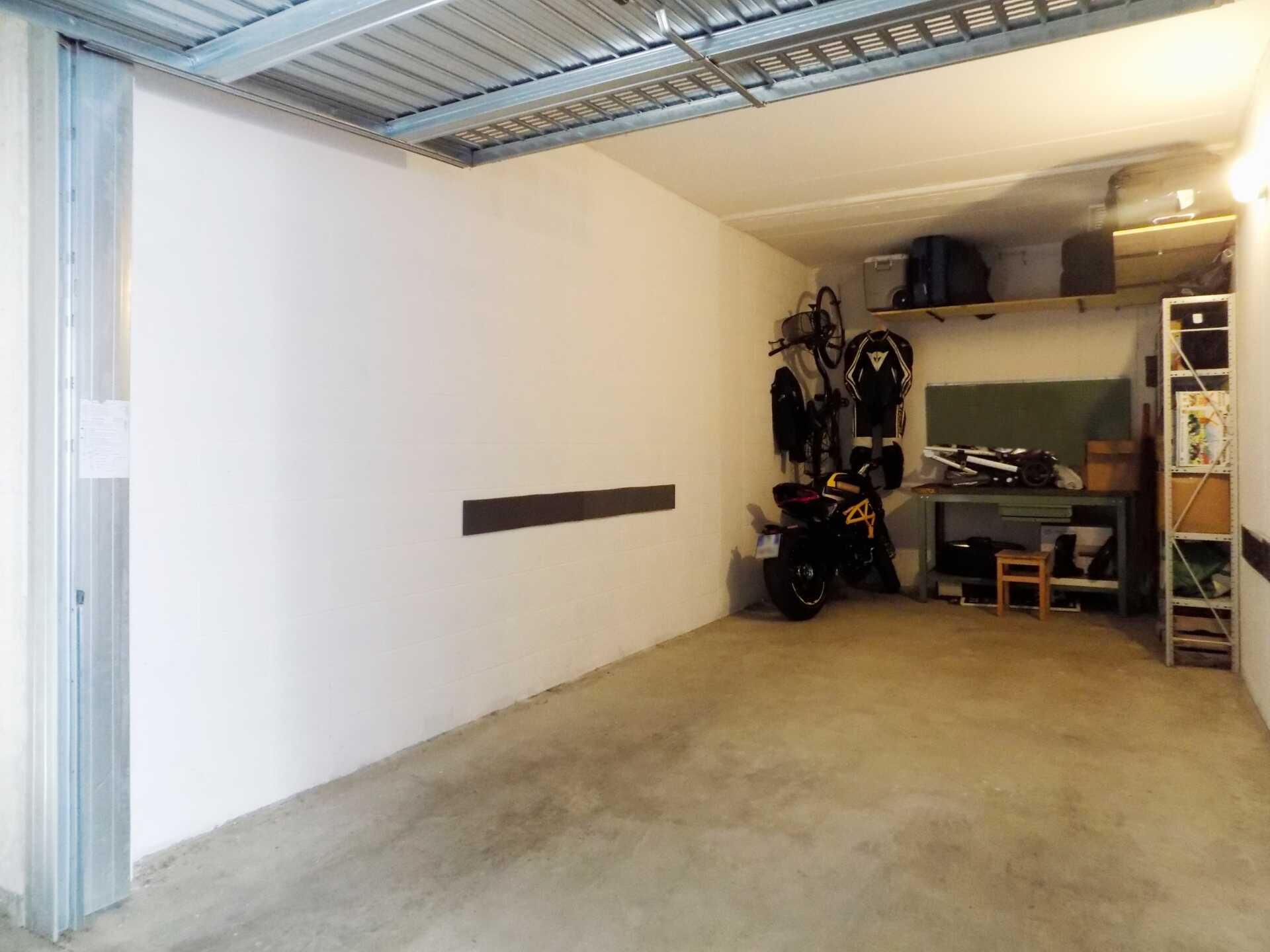 Appartamento ultimo piano in vendita a Calco (34)
