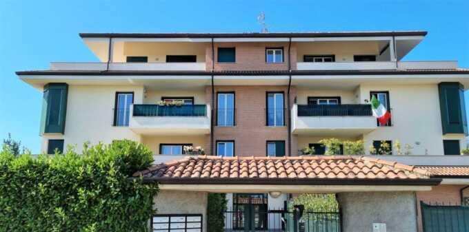 appartamento-con-terrazzo-in-vendita-a-pozzo-d-adda-immobiliare-milano-brianza-casae&tyle
