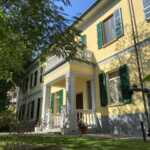 villa-depoca-con-piscina-in-vendita-a-velezzo-lomellina-immobiliare-casaestyle-villa-cortile