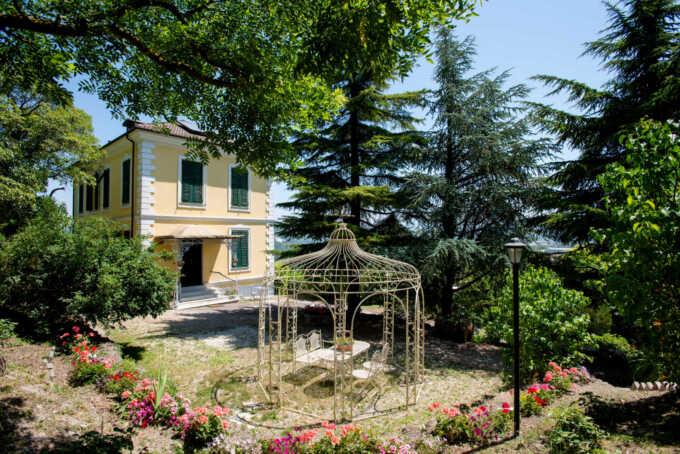 Villa-d-epoca-con-piscina-in-vendita-a-Serravalle-Scrivia-agenzia-immobiliare-Casa&Style
